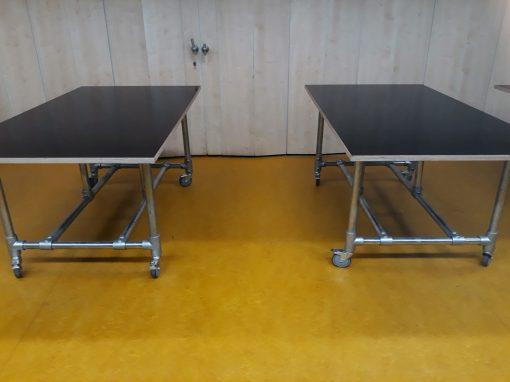 Praktische tafels voor handarbeid