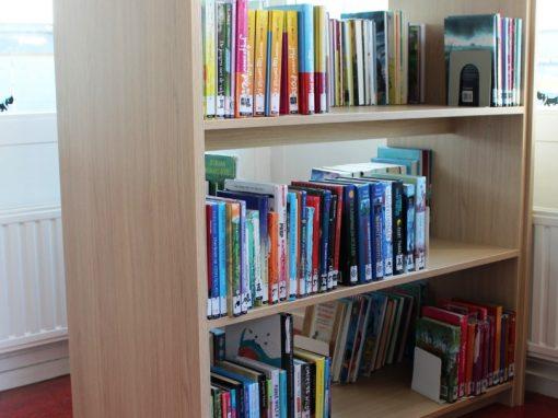 Dubbele lage boekenkasten